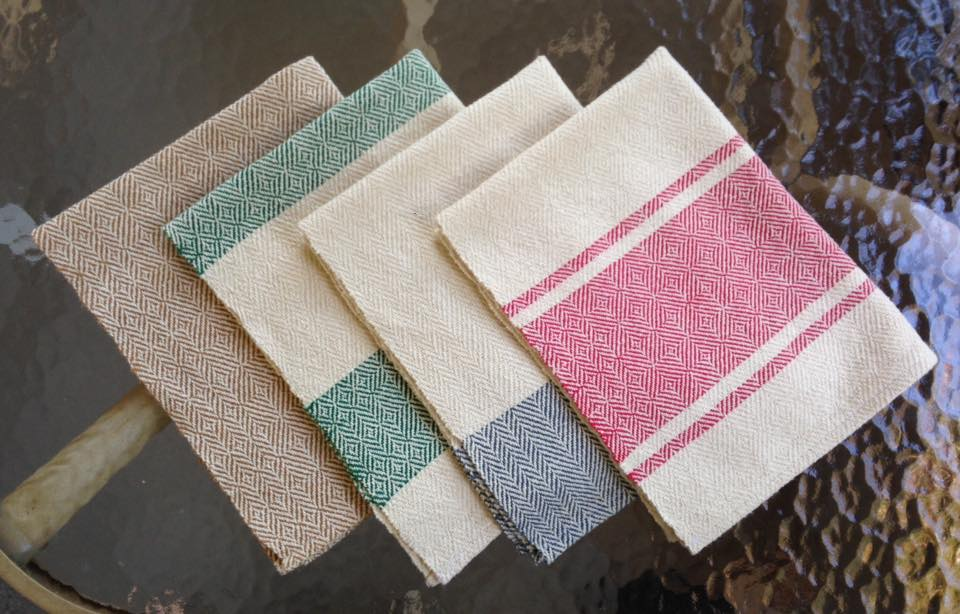 4 cotton towels